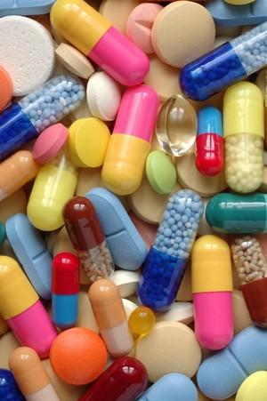 Даже от витаминов возможна смерть — 5000 таблеток в сутки.