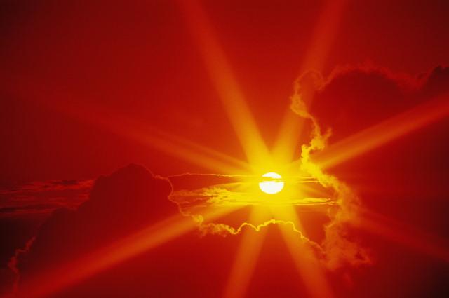 2-8 часов, этого времени достаточно, чтоб получить солнечный удар.