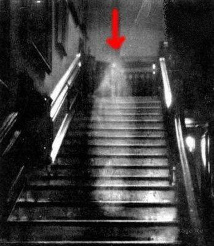 Фотография призрака леди