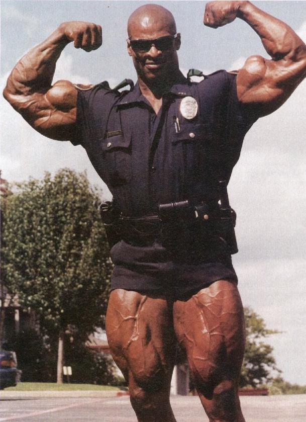 Спортсмен-полицейский снялся в двух фильмах