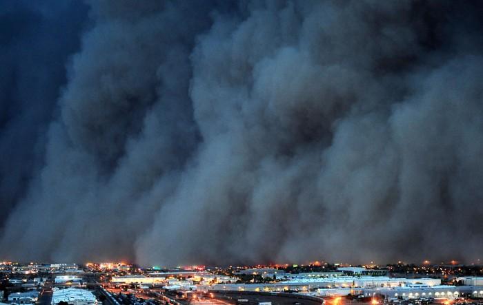 Основные места возникновения пыльных бурь — это конечно же полупустыни и пустыни тропической и умеренной климатических зон на обоих полушариях Земли.