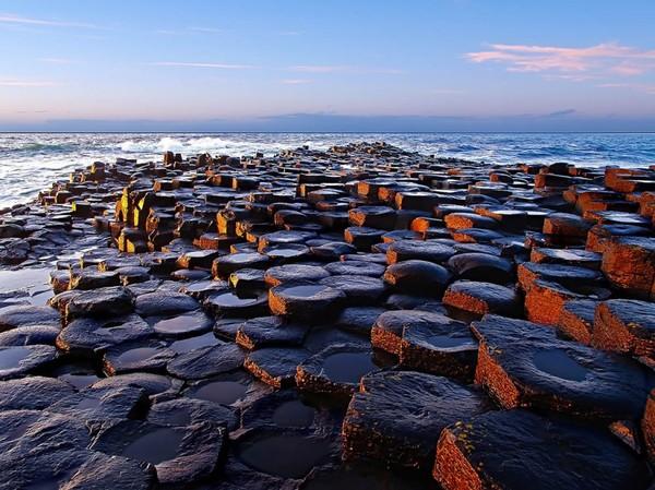 Ирландская дорога гигантов из необычных камней