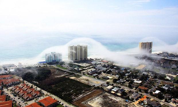 Такое цунами назвали «небесное цунами».