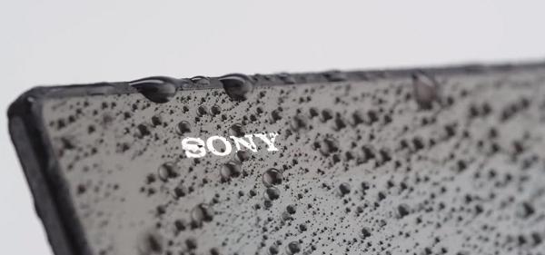 Чтобы на все составляющие планшета хватило энергии, SONY разработали режим работы для аккумулятораSTAMINA. Он позволит слушать музыку в течении 100 часов, а активно пользоваться планшетом можно будет до 10 часов не боясь при этом посадить аккумуляторную батарею емкостью 6000 мАч.