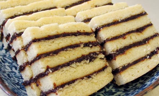 Vinarterta — это исландский праздничный пирог, может быть как рождественским, так и свадебным.