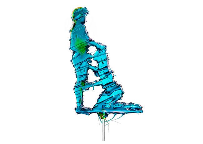 Художник Массимо Гаммакурта из Нью-Йорка довел идею леденцов до ее логичного финала.