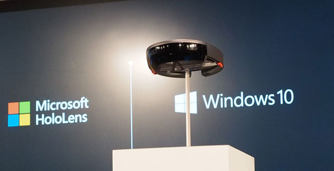 Очки будущего от Microsoft
