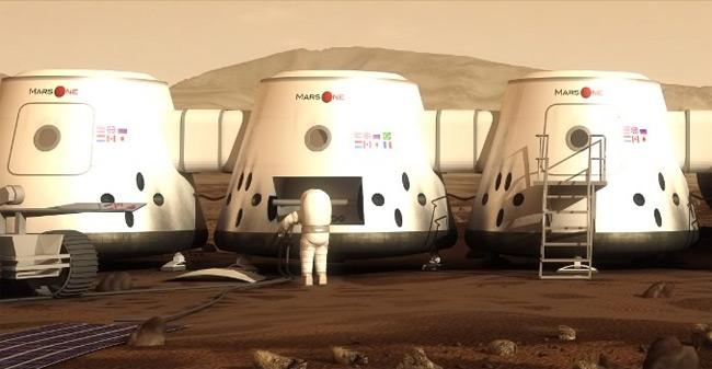 Из желающих покорять Марс осталось сто человек