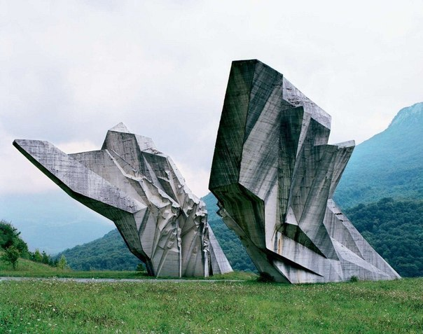 Заброшенные монументы Югославии
