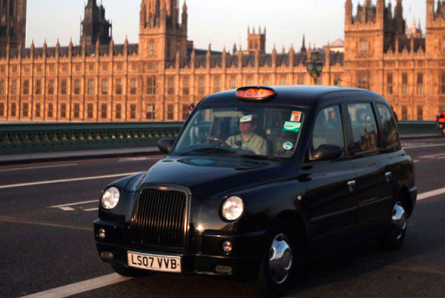 Uber вынудил лондонских таксистов снизить цены