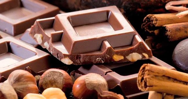 Ученые: от шоколада худеют