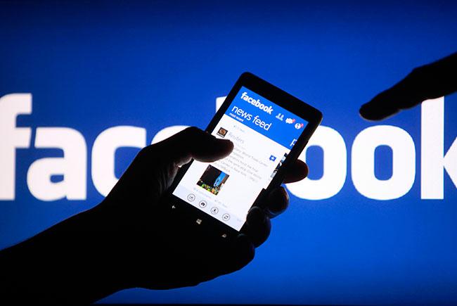 Facebook тестирует мобильное приложение для новостей