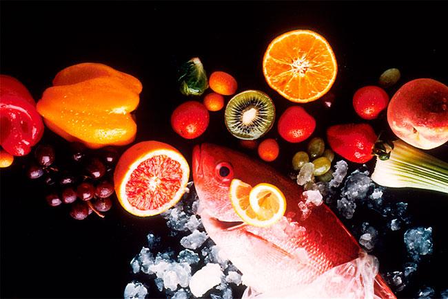 Овощи и фрукты не всегда полезны, а рыбу достаточно есть один раз в неделю.