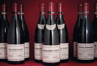 За похищение бутылки вина стоимостью 30,000 $ мужчине грозит тюремный срок
