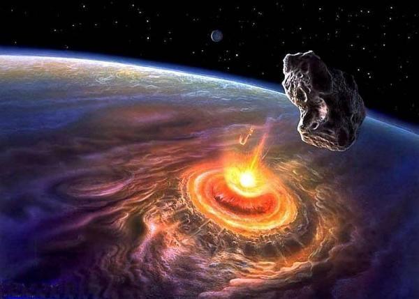Астрономы засняли падение астероида на Юпитер