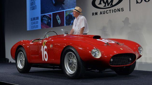 Самым дорогим лотом стала Ferrari 250 LM 1964 года