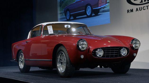 Коллекция уникальных автомобилей фото 3