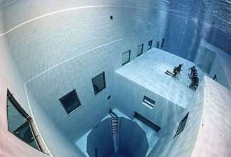 Самый глубокий бассейн в мире, бассейн для дайвинга