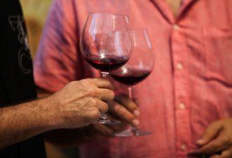 Ожирение: причиной является ген, а худеть лучше с красным вином