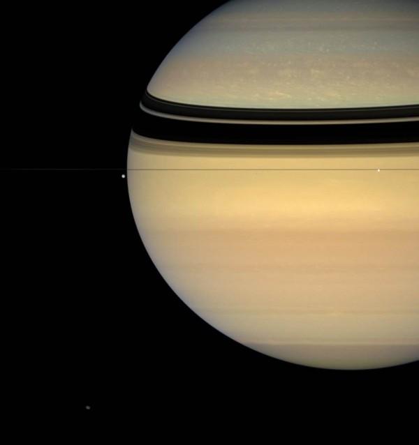Лучшие фотографии Сатурна