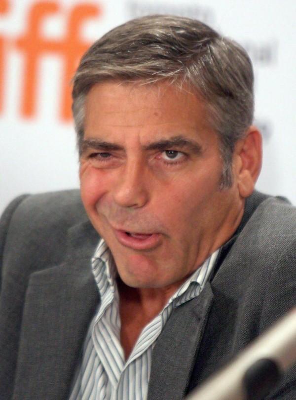 Джордж Клуни на премьере мультфильма в Торонто