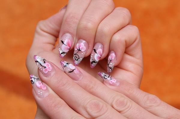 Искусство дизайна ногтей
