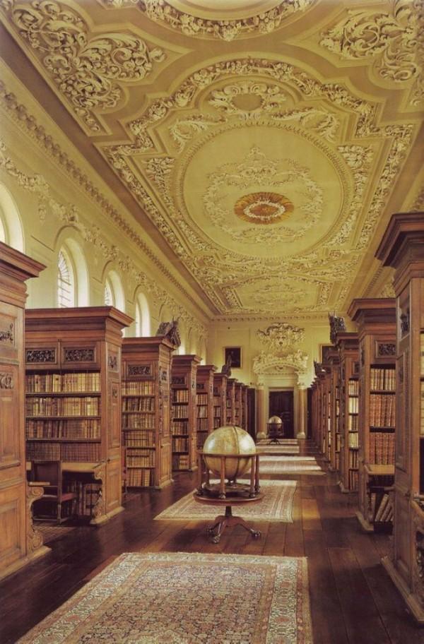 Библиотека квинса колледж при Оксфордском университете, Англия