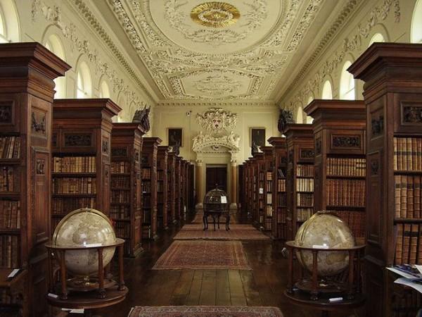Библиотека квинса колледж при Оксфордском университете