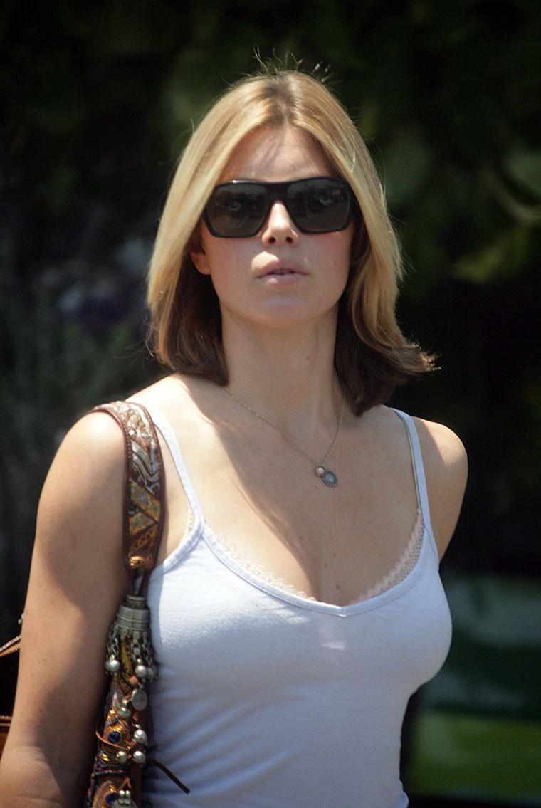 Джессика Бил- американская актриса, модель и певица